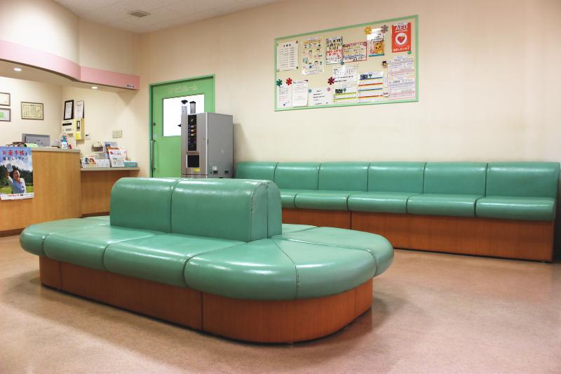 いまむら整形外科の待合室2