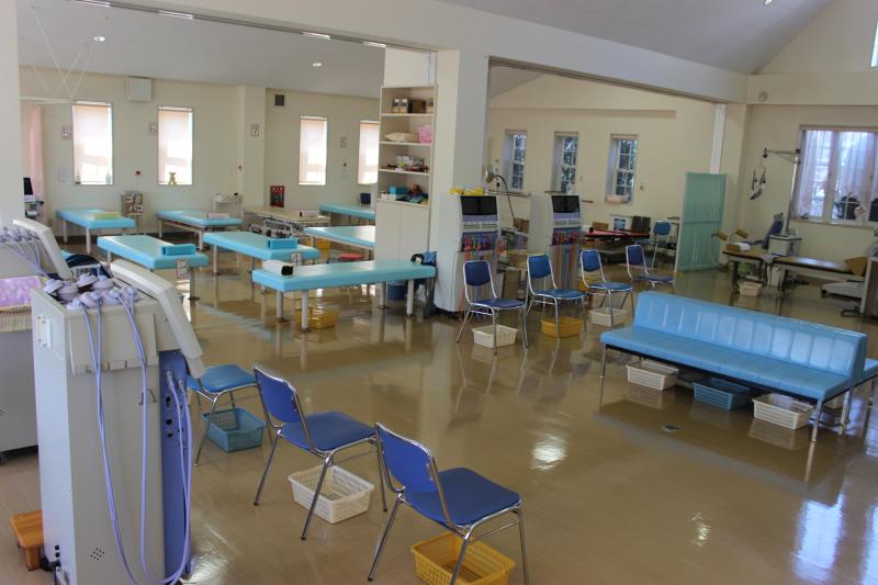 いまむら整形外科のリハビリ室1