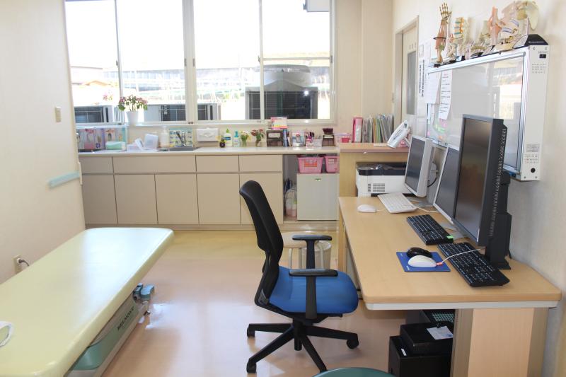 いまむら整形外科の診察室